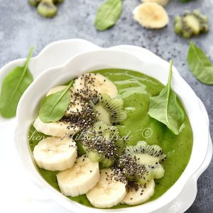 Spinat- Kiwi- Smoothie- Bowl
